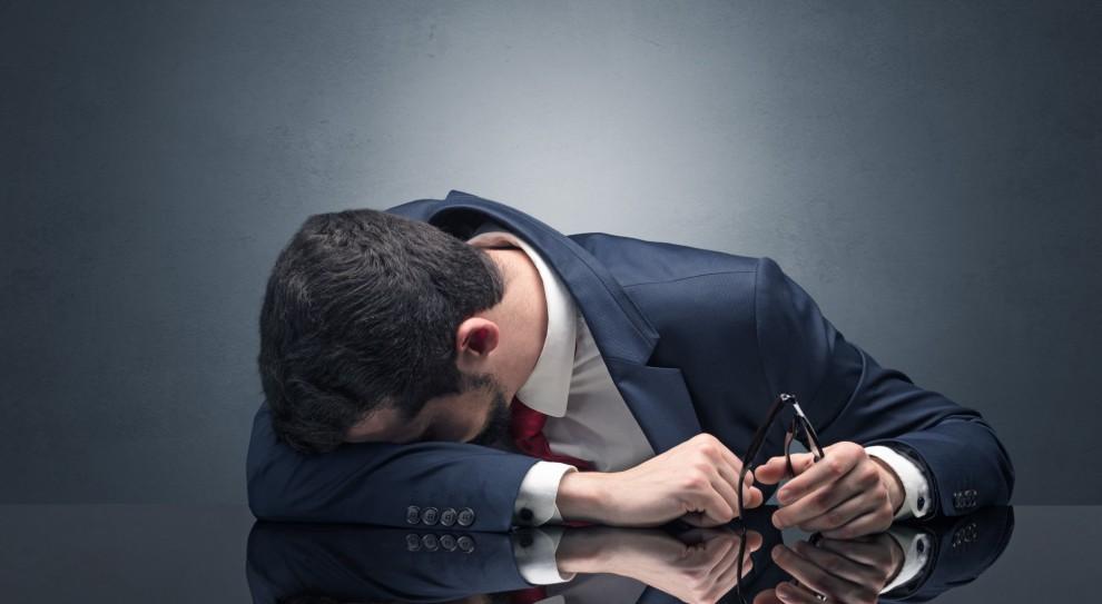Wypalenie to poważne zagrożenie nie tylko dla samopoczucia, ale i zdrowia każdej osoby. (Fot. Shutterstock)