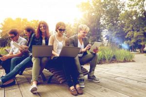 Niemal połowa młodych chce pracować w korporacji