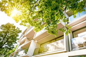 Ile muszą pracować Polacy na zakup mieszkania?