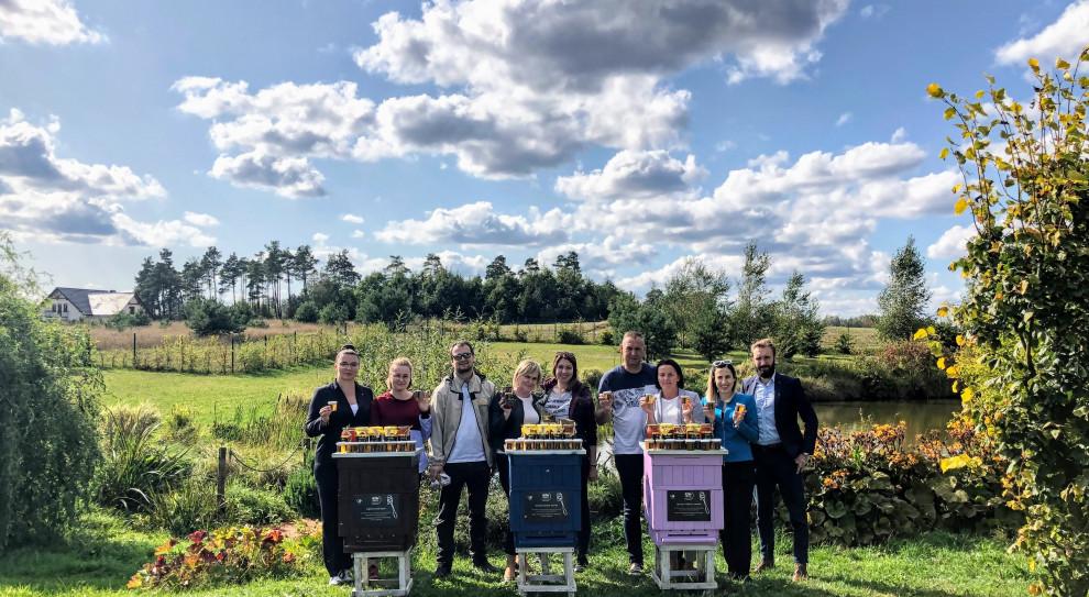 Pracownicy hoteli z Grupy Orbis i Accor w Polsce opiekują się pszczołami