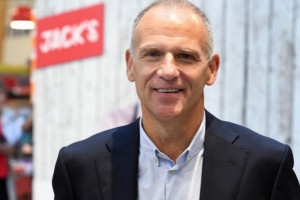 Dave Lewis rezygnuje z funkcji prezesa grupy Tesco