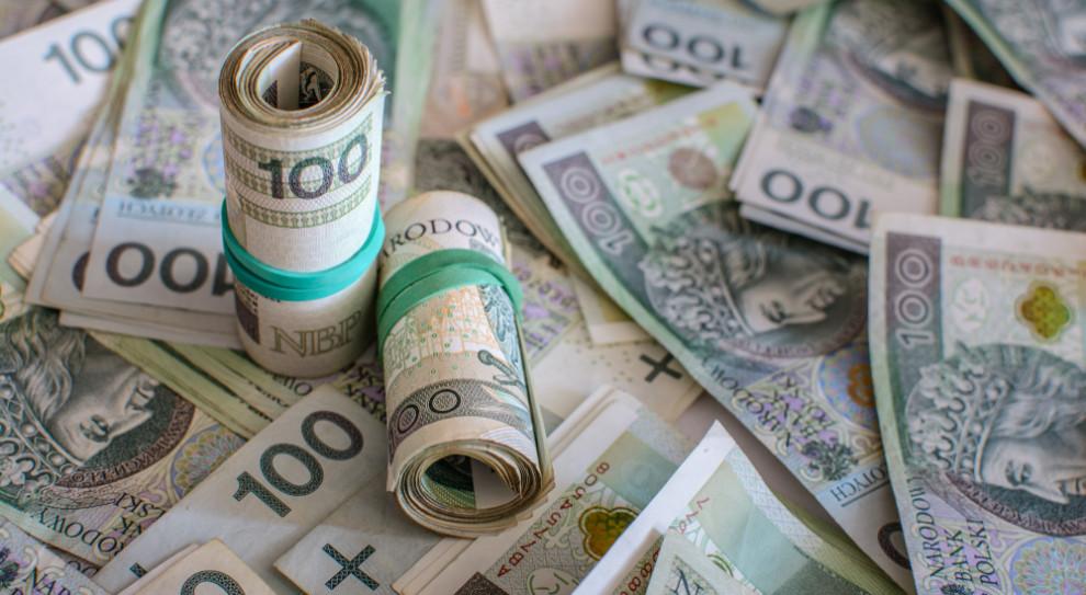 Miliardy złotych trafiły do polskich domów