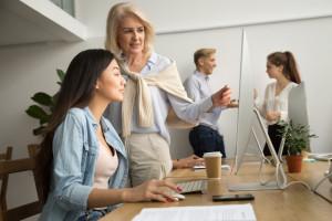 Aktywność zawodowa kobiet w Polsce należy do najniższych w UE