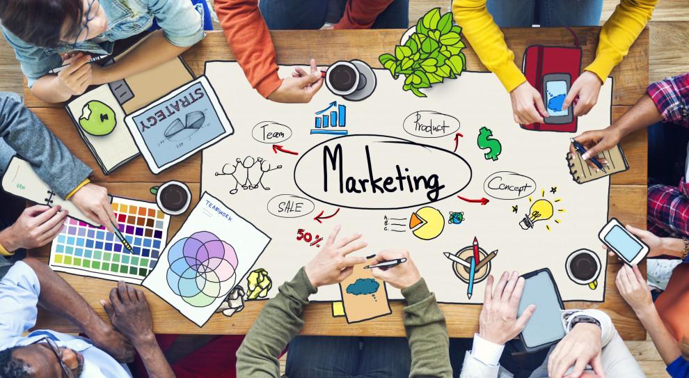 Praca w marketingu: Na czym polega i jakie są zarobki?