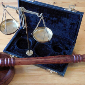 Coraz bliżej wpisania pracy przymusowej do kodeksu karnego