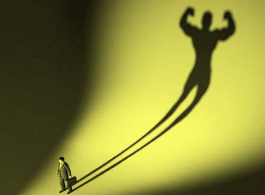 Kreatywności i motywacji nie zabija hierarchia sama w sobie, ale nieodpowiedni styl zarządzania. (Fot. Shutterstock)