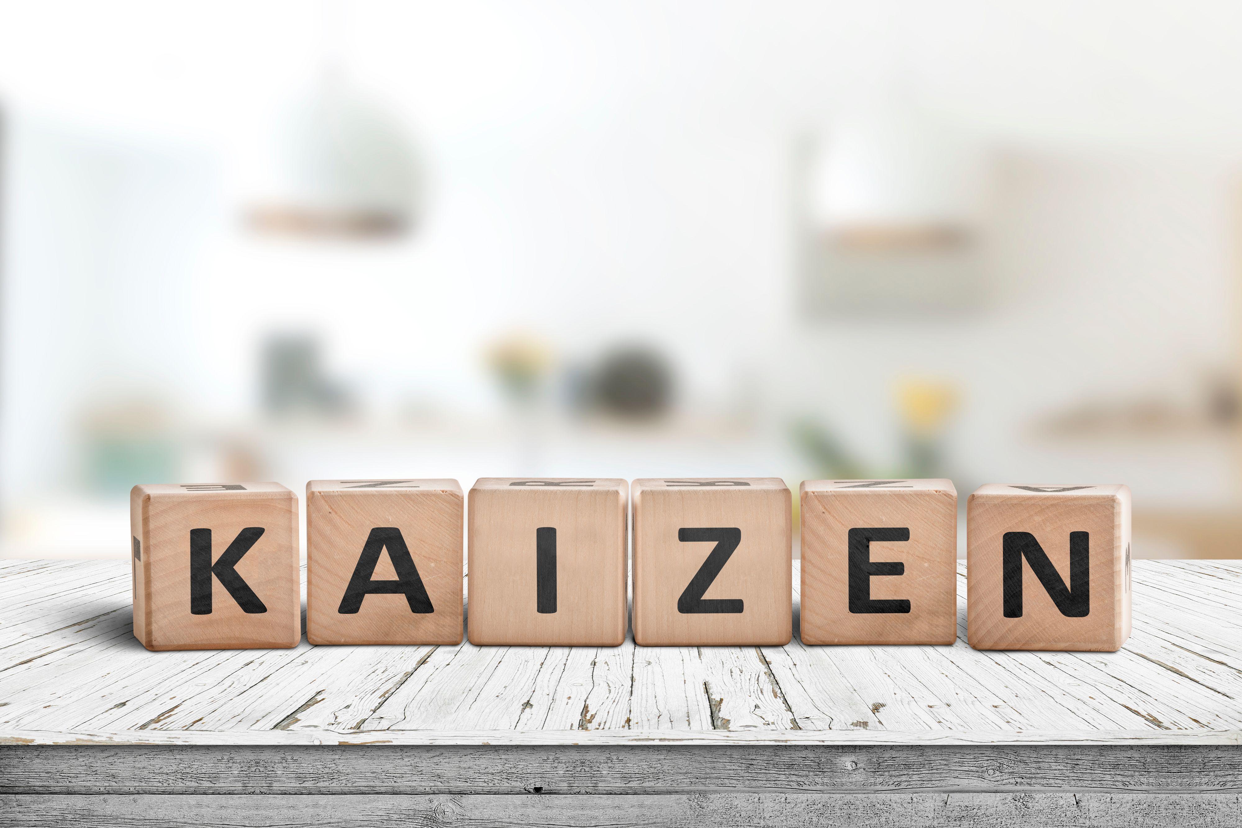 Według zasad Kaizen, który zdecydowała się wdrożyć PKP Energetyka, ważny jest głos pracowników. (Fot. Shutterstock)