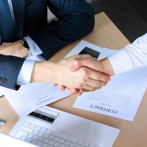 Od dziś przedsiębiorcy mogą ubiegać się o unijną dotację. Jakie warunki muszą spełnić?