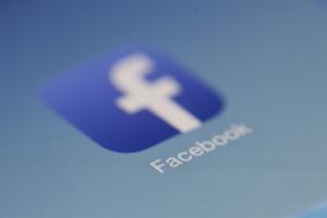 Moderatorzy Facebooka mają dość. Usuwanie komentarzy ponad ich siły
