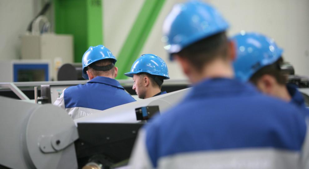 Przeciętne wynagrodzenie w Polsce rośnie wolniej niż mówiły szacunki. GUS podał najnowsze dane