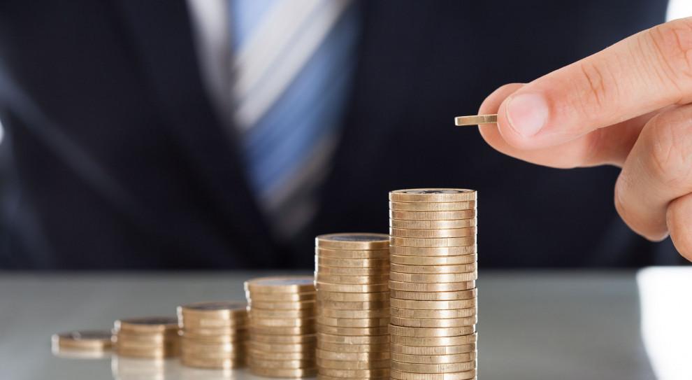 ING BŚ: Podwyżka płacy minimalnej będzie impulsem dla wzrostu dynamiki wynagrodzeń