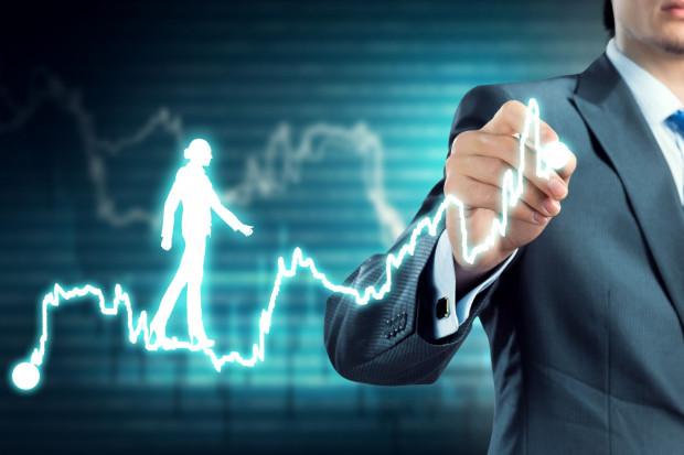 Santander Bank Polska: Wzrost zatrudnienia słaby, ale tempo wzrostu płac przyzwoite