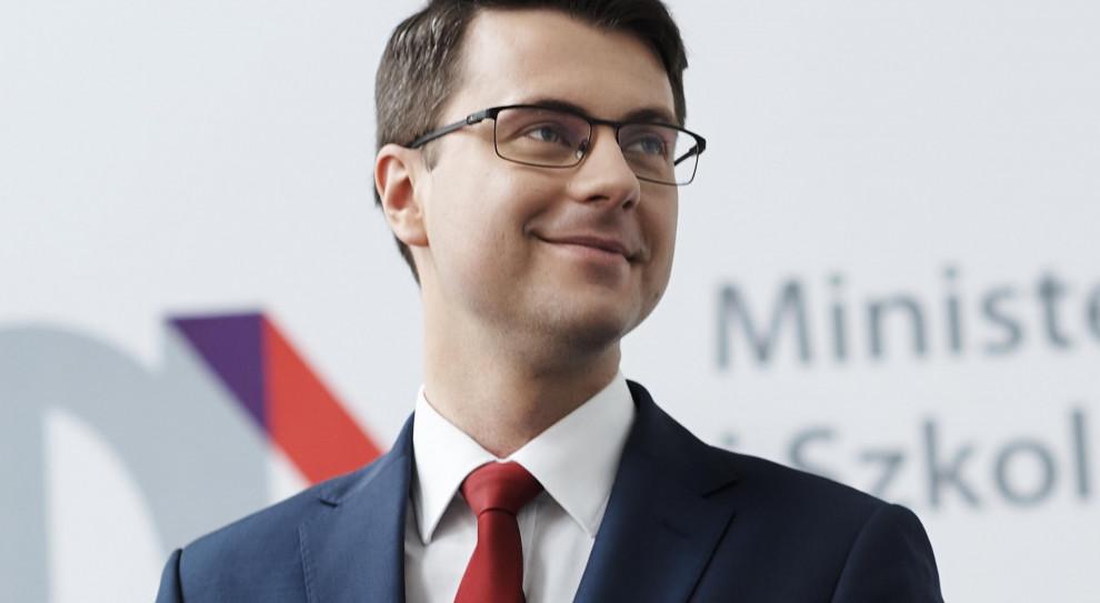Piotr Müller: Kwestia likwidacji 30-krotności powinna być elementem dialogu