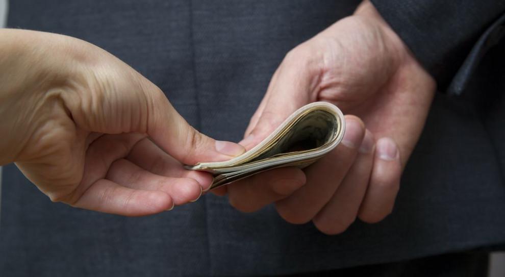 Ukraina: Sygnaliści korupcyjni będą chronieni i wynagradzani
