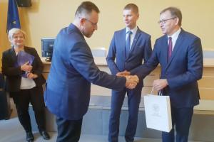MEN i IPN wręczyli certyfikaty nauczycielom