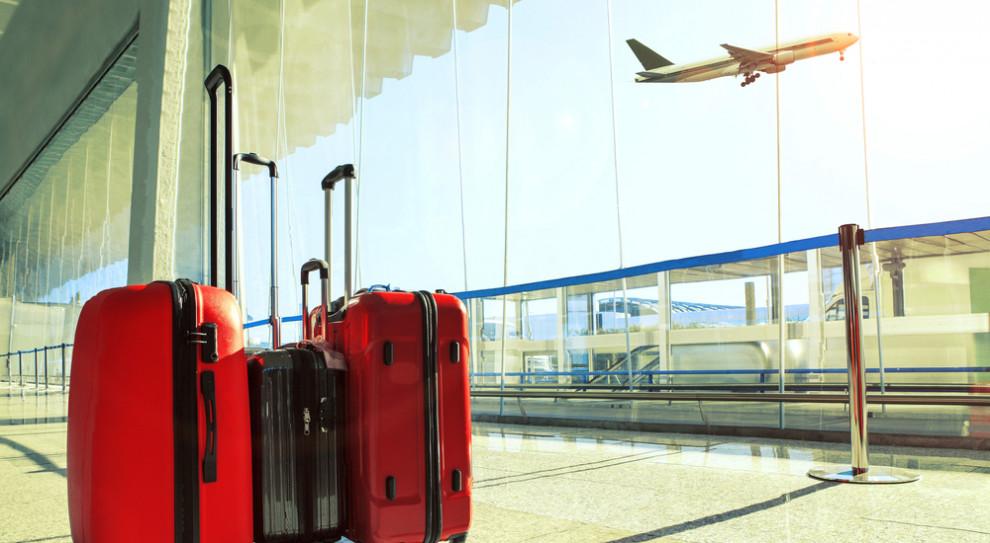 Zniesienie limitu składek ZUS skłoni Polaków do wyjazdu za granicę?