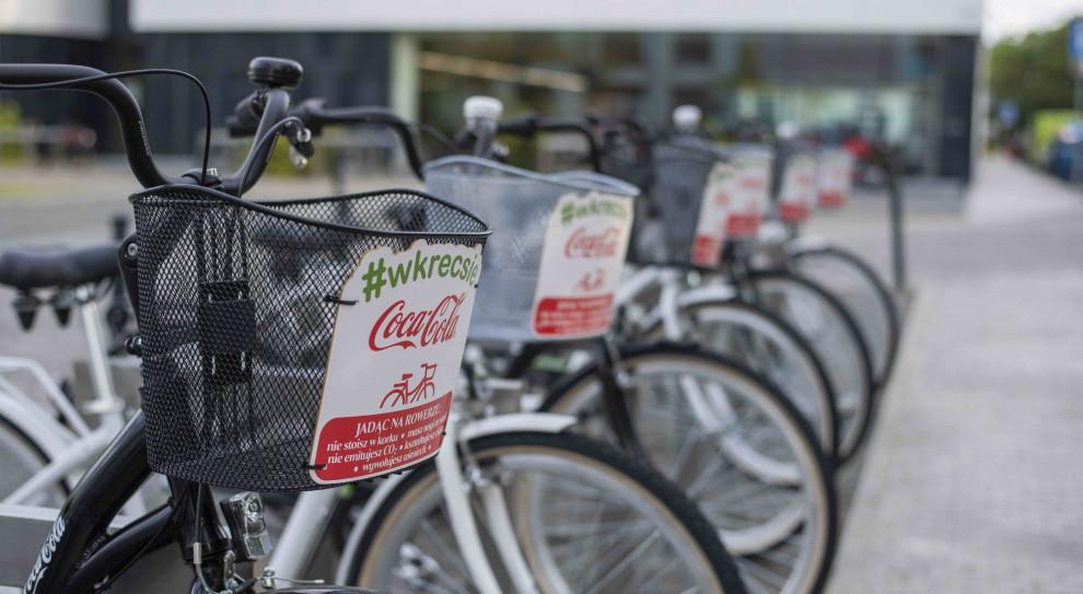 Pracownicy spółki Coca-Cola spółki mogą za darmo korzystać z 15 rowerów. (fot. Coca Cola)
