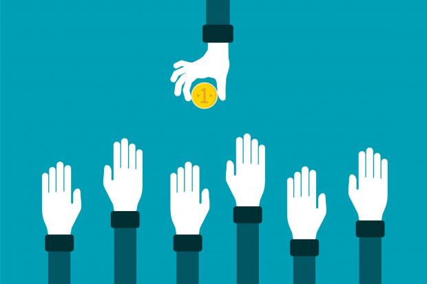 Ministerstwo: Wzrost płacy minimalnej może zachęcić do powrotu na rynek pracy