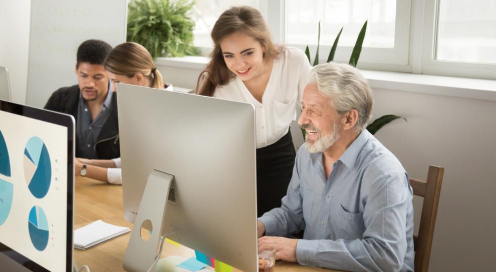 Srebrna siła ma swoje święto. Seniorzy wracają na rynek pracy