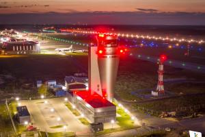Prezydent i premier podkreślili wagę pracy kontrolerów ruchu lotniczego