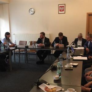 Szumowski: Planujemy kolejne spotkania z fizjoterapeutami i dyrektorami NFZ