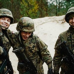 Pracodawcy wspierający pracowników-żołnierzy zostaną nagrodzeni