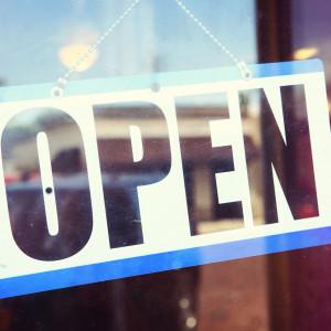 Pracownicy sklepów będą pracować w niedzielę