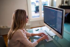 Brakuje kobiet w cyberbezpieczeństwie