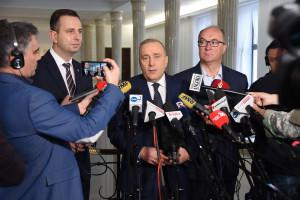 Lider PO chce walczyć o warunki pracy dziennikarzy w Sejmie