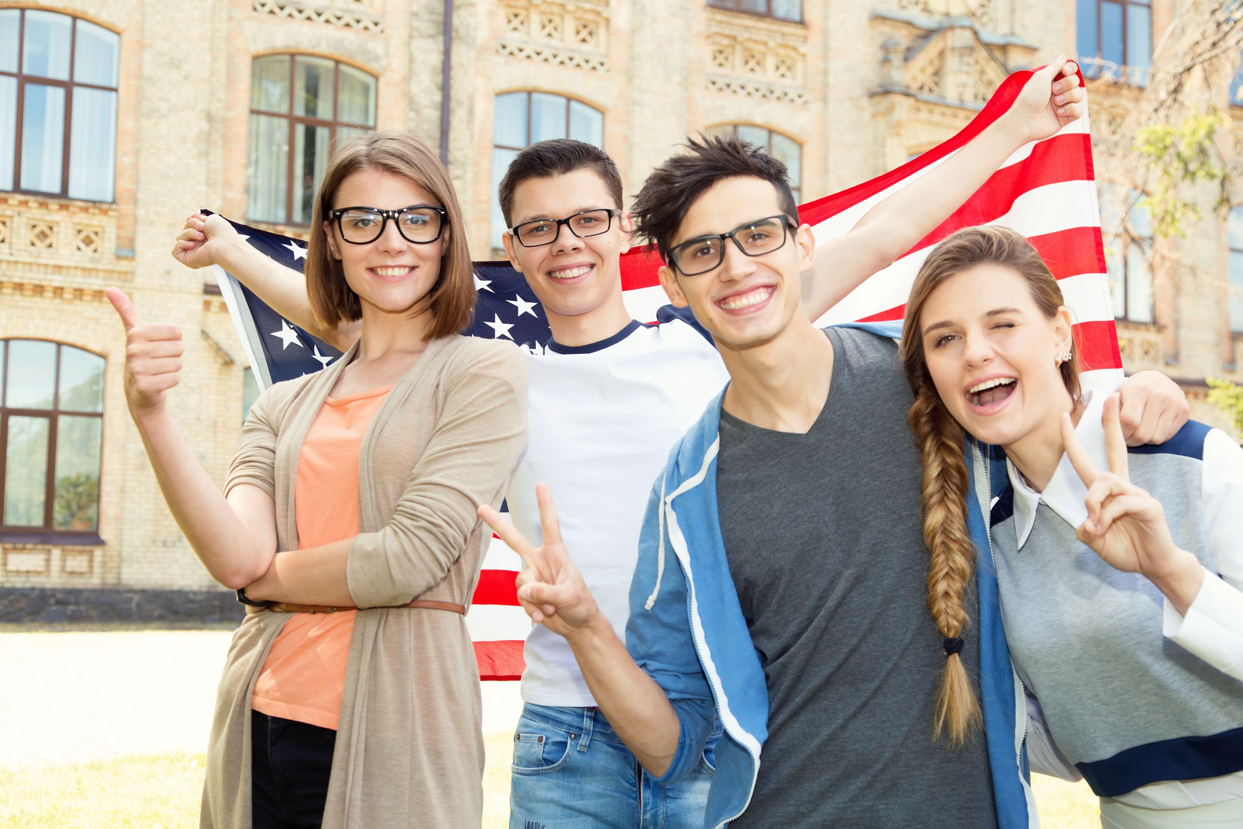 Dla uczelni amerykańskich jest obojętne czy uczeń zda maturę polską czy międzynarodową, ponieważ i tak w obu przypadkach musi zdać dodatkowo maturę amerykańską SAT. (Fot. Shutterstock)