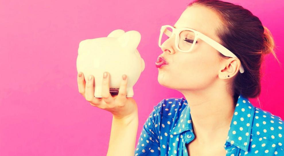 Polacy coraz więcej oszczędzają. Rzadko jednak celem jest emerytura
