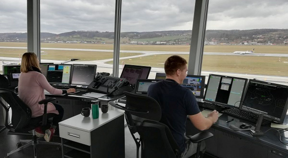 PAŻP szuka kontrolerów lotów. Zatrudni ponad 130 osób