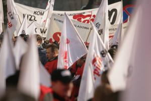 Sierpień 80 reaguje na wiadomość o wygaszeniu wielkiego pieca w Krakowie