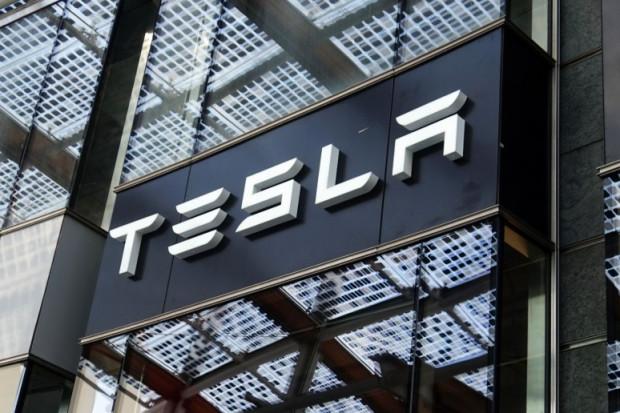 To będzie pierwsza taka fabryka Tesli w europie. Zatrudni ok. 10 tys. osob