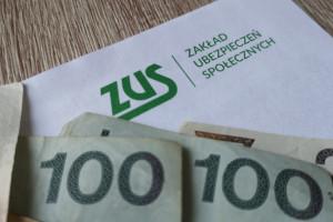 Posłowie PiS złożyli projekt ustawy likwidującej 30-krotność składek na ZUS