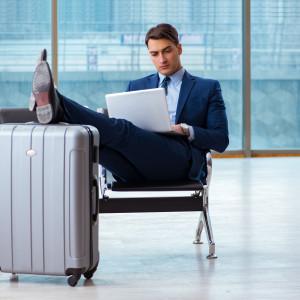 Pracownicy coraz częściej w delegacji. Podróże służbowe to praktycznie codzienność