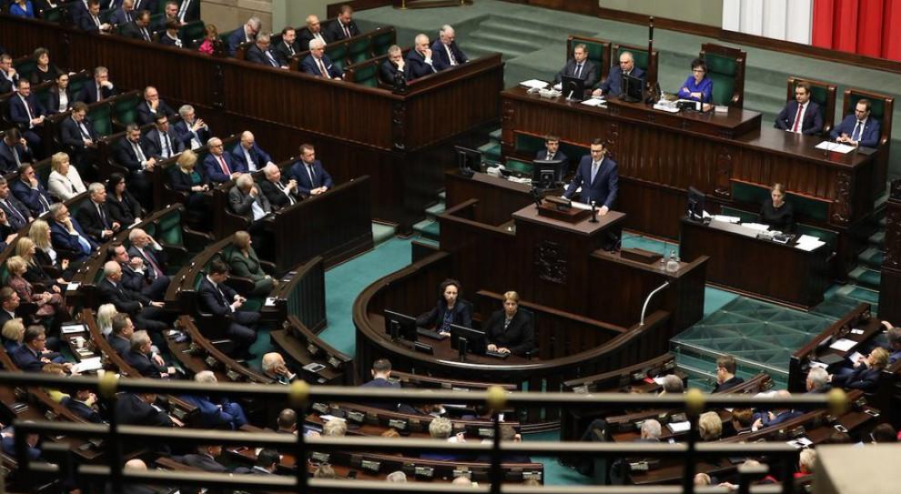 Premier: Estoński CIT dla firm i uproszczenie prawa podatkowego dla przedsiębiorców