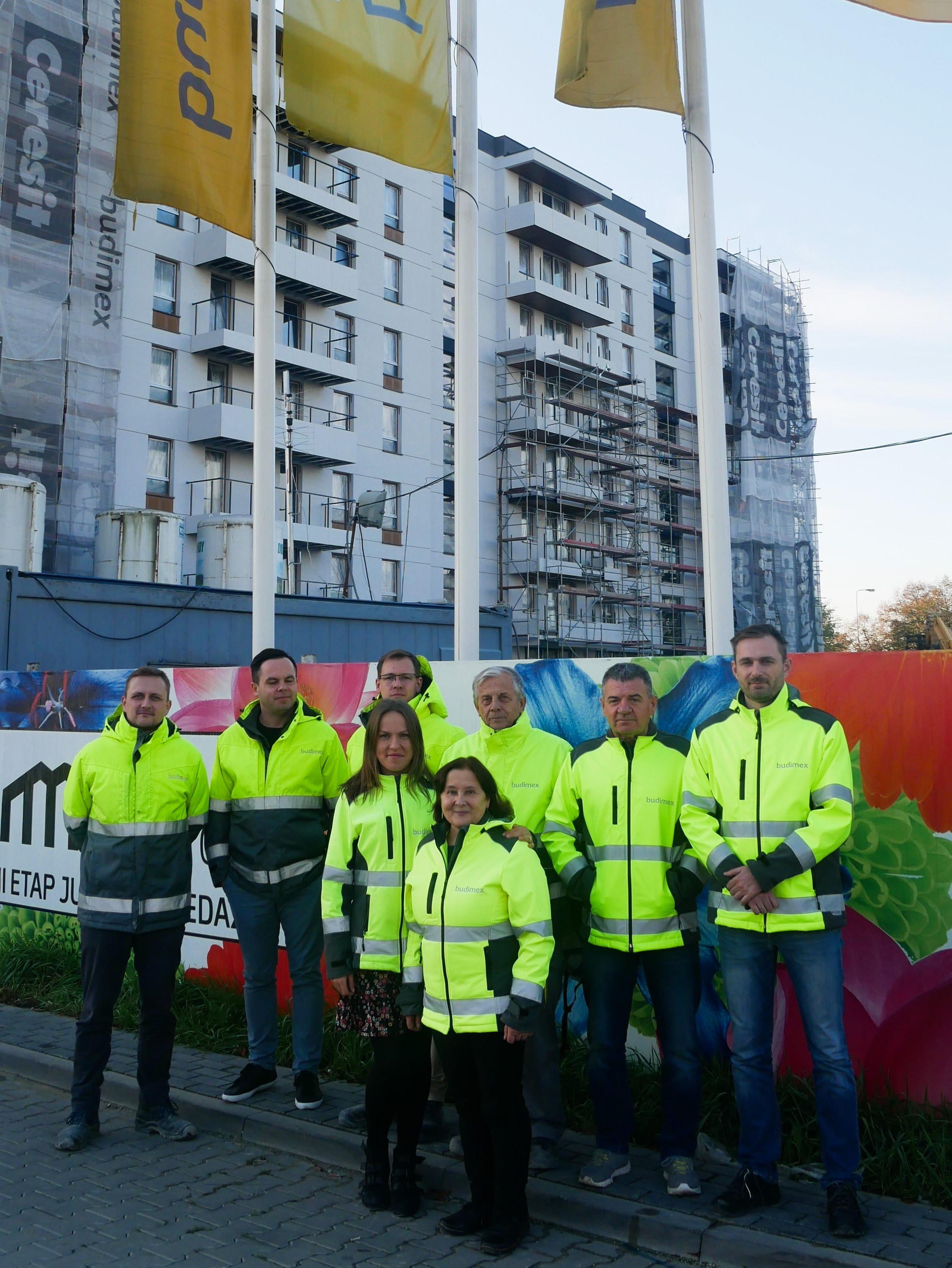 Zespół nadzoru budowlanego Budimex na budowie osiedla