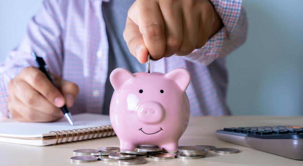 GUS: Mediana zarobków w firmach powyżej 9 osób wyniosła 4094,98 zł brutto