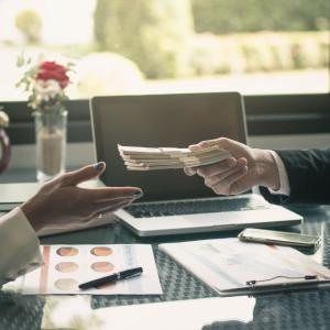 ING: Spadek dynamiki płac to oznaka pogorszenia warunków