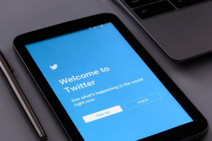 Sędzia zostanie zawieszona za wpis na Twitterze?