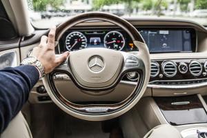 Potężne zwolnienia w Daimler. Redukcja etatów na całym świecie