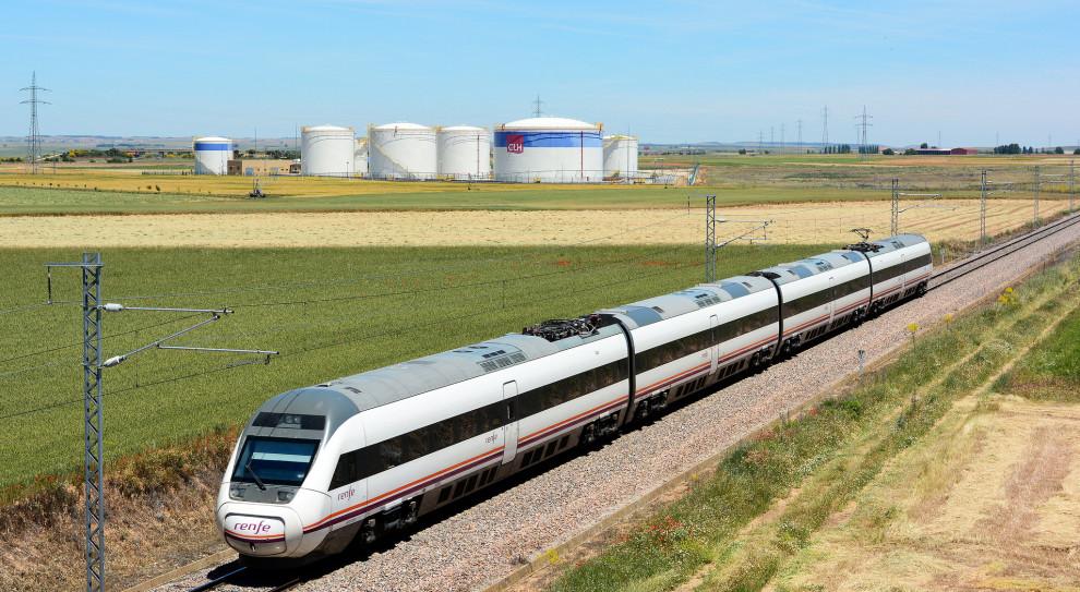 Pociągi hiszpańskich linii kolejowych Renfe nie będą wszystkie kursować 5 grudnia. (fot. Nelso Silva/flickr.com/CC BY-SA 2.0)