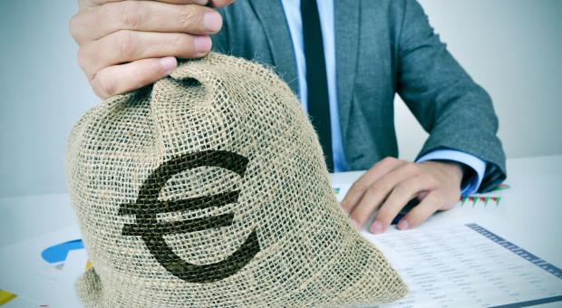 Nasze zarobki dogonią unijną średnia za pół wieku. Dystans maleje, ale wciąż jest przepaść