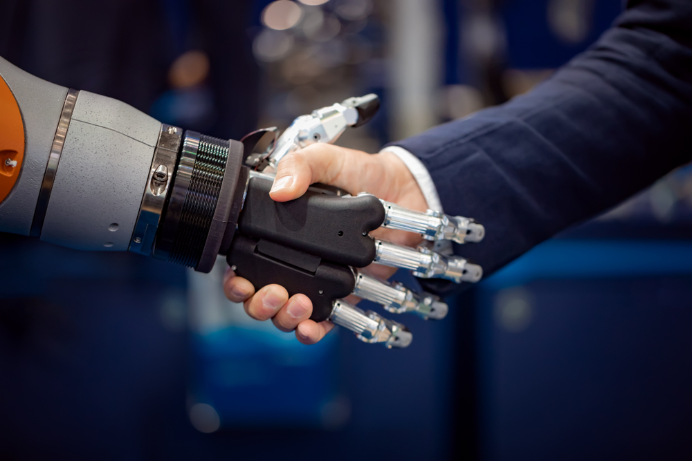 Do 2025 roku w Polsce potrzebnych będzie przynajmniej 200 tys. specjalistów tworzących sztuczną inteligencję (fot. Shutterstock)