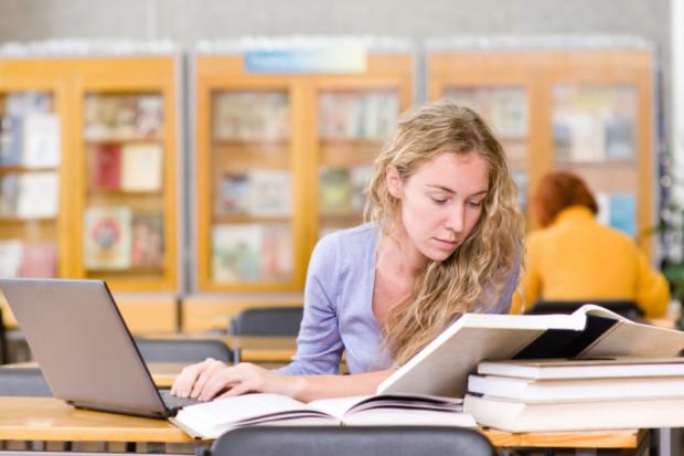 ZNP nie odpuszcza zmian w Karcie Nauczyciela, ale daje sobie więcej czasu