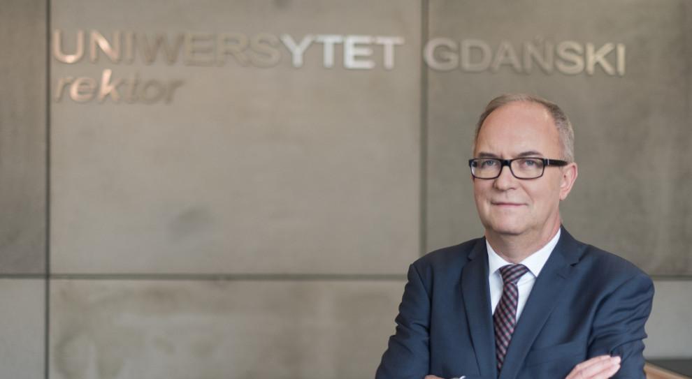 Rektor Uniwersytetu Gdańskiego: Profesorowie na czele listy najbardziej poważanych zawodów