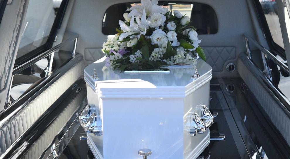 OPZZ: 4 tys. zł zasiłku pogrzebowego to za mało. Związkowcy apelują do ministerstwa