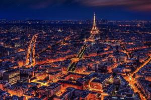 W Paryżu trwają starcia demonstrantów z policją