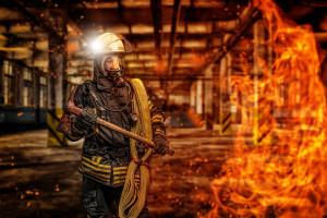 W Gdańsku spłonęła hala magazynowa.  Nikt z pracowników nie ucierpiał